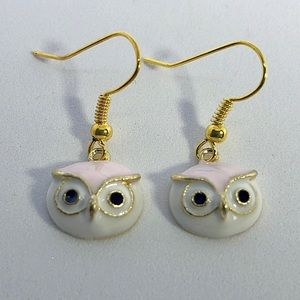 🦉Pink and gold owl earrings